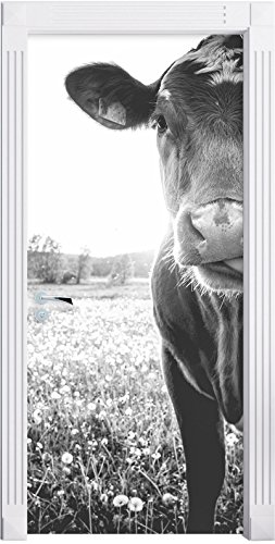 Stil.Zeit Möbel Einzelne Kuh auf Butterblumenwiese in der Abendsonne Kunst B&W als Türtapete, Format: 200x90cm, Türbild, Türaufkleber, Tür Deko, Türsticker