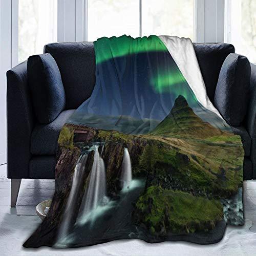 HUAYEXI Manta de Franela Suave,Cascada Kirkjufellsfoss En Las Montañas Islandia Imagen Noche Mágica,Cama de Camping para sofá 153x127cm