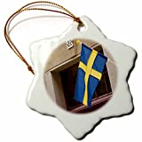 3dRose ORN_82584_1 Schweden, Stockholm, Gamla Stan, schwedische Flagge, EU28, BJA0025-Jaynes Gallery-Snowflake Ornament, Porzellan, 7,6 cm