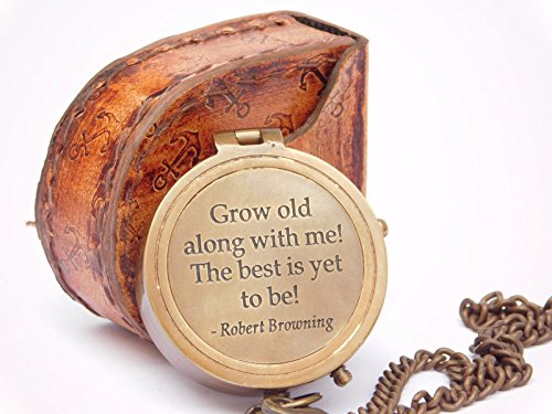 "Kompass mit Gravur ""Grow Old With Me\"", Messing, mit Lederetui"