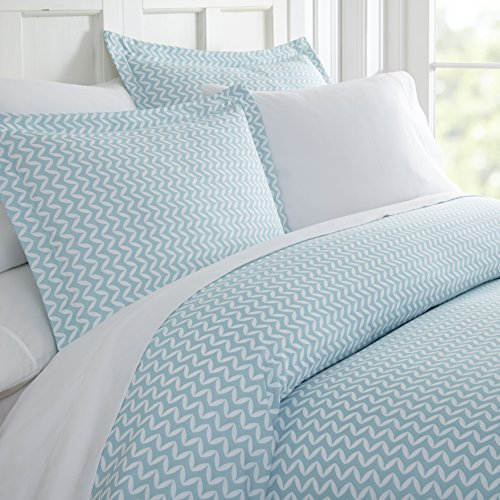 Linen Market Duvet Cover Set Patterned, Queen, Puffed Chevron Light Blue