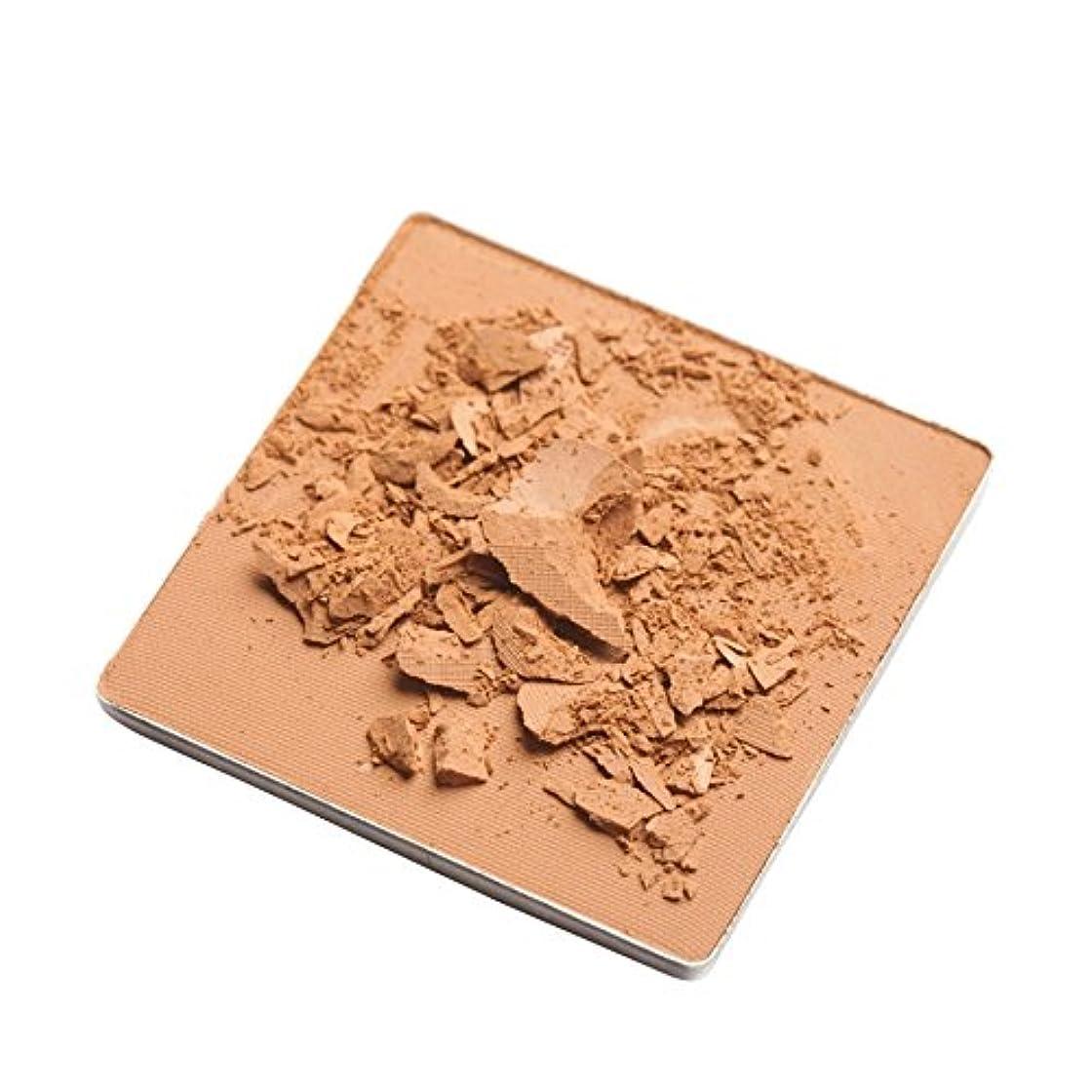 レモンテレビ局小数Trish McEvoy Even Skin Mineral Powder in Nude - ヌードでも、皮膚の鉱物粉末トリッシュ?マクエボイ [並行輸入品]