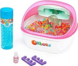 EVERYTHING YOU NEED: The Soothing Spa has everything you need to pamper your feet with soft and squishy Orbeez — 2,000 grown Orbeez in a range of colours, plus 2 bonus toe separators and a pedicure tool. RELAXING SPA EXPERIENCE: Sit back, relax and f...