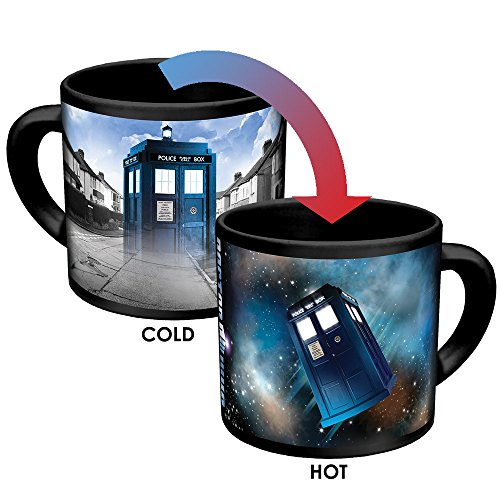 Doctor Who Desappearing Tardis Kaffeetasse – Hot Liquid hinzufügen und Watch The Tardis Move from London to the Stars – in lustiger Geschenkbox