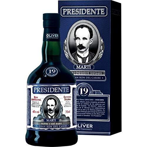 Presidente Marti 19 Años de Edad Ron Oscuro - 700 ml