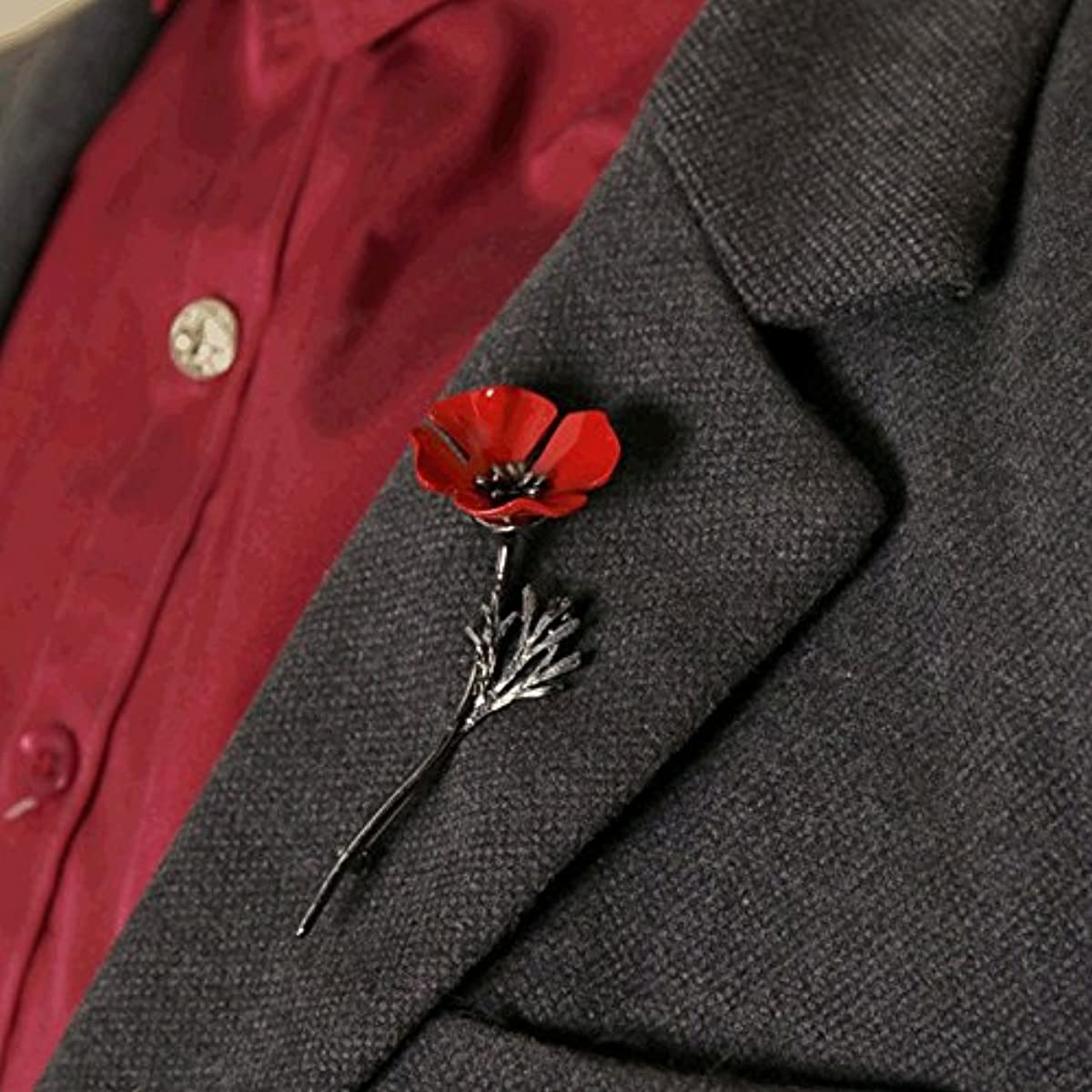 Light aesthetic literary style - cooked winter coat perfect match large red poppy flower corsage brooch pin very beautiful autumn and winter