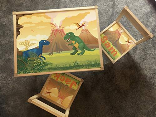MakeThisMine Mesa infantil personalizada y 4 sillas de madera Ikea LATT nombre grabado dinosaurio DIno2 T-rex huevo impreso escritorio de juego unisex para niños pequeños, niñas, amigos, familia