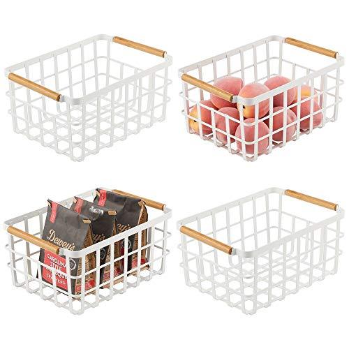 mDesign Cestino portaoggetti in metallo – Porta oggetti aperto per cucina, bagno, ufficio, lavanderia, dispensa – Organizer multiuso per la casa con manici in bambù – Set da 4 – bianco opaco/bambù