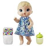 A bebê bebe água e faz xixi Roupinha removível 2 acessórios: mamadeira e fralda Momentos da vida real com as bonecas Baby Alive A boneca Baby Alive transforma os momentos em família em um mágico mundo de diversão.