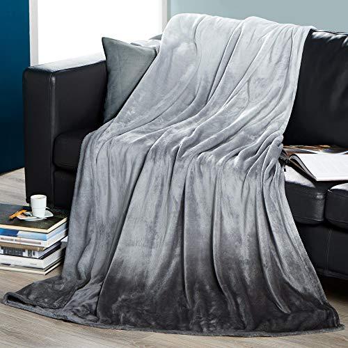 CelinaTex Ombre Kuscheldecke 150 x 200 cm grau Cashmere Touch Wohndecke Mikrofaser Tagesdecke Farbverlauf