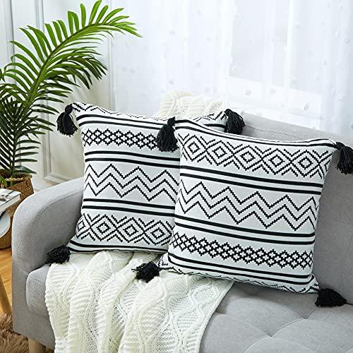 Juego de 2 fundas de cojín bohemias de felpilla suave Marruecos con borla tejida en blanco y negro moderno rayas geométricas decorativas para la decoración del hogar, 45 cm x 45 cm x 45 cm