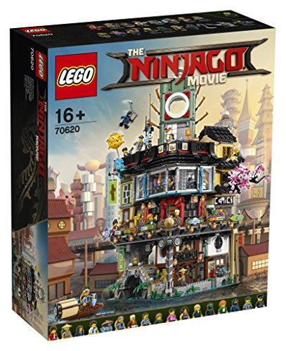 LEGO Ninjago - Ciudad de NINJAGO, edificio ninja de juguete con figuras de guerreros y barco de pesca tradicional (LEGO 70620)