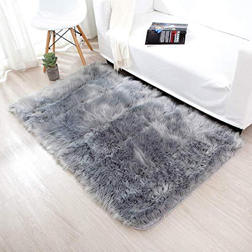 INKARO Alfombra de piel sintética de cordero de oveja de imitación de lana, apta para alfombra de salón, de pelo largo, suave, para la cama, el sofá, color gris, 75 x 120 cm