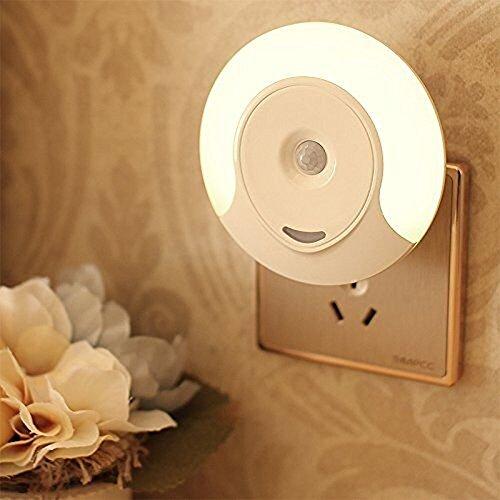 Luce notturna led con sensore di movimento risparmio energetico Luce da Presa per Parete corridoio bagno soggiorno camera da letto,3 Modalità (Auto/On/Off), bianco caldo