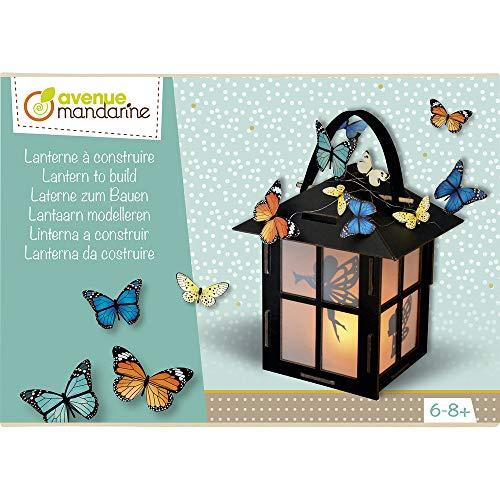 Avenue Mandarine CO168C – Una Caja Creativa Farol de construcción Que Incluye un Farol de 17 x 11,5 x 11 cm y 3 Tablas de Motivos Decorativos: Mariposas y Sombras (Instrucciones Incluidas)