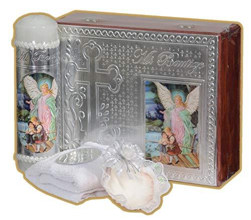Kit Bautizo en Caja de Madera. Cirio, toalla y concha. Angel de la Guarda (BLANCO/PLATA)