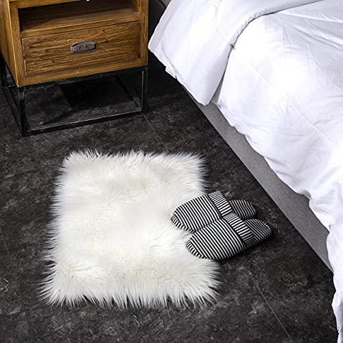 Teppich Wölkchen Alfombra Sintética Imitación de Piel de Cordero o Oveja | Alfombrilla de Decoración para Silla, Taburete o Sillón | Blanco - 40 x 60 cm - Rectangular
