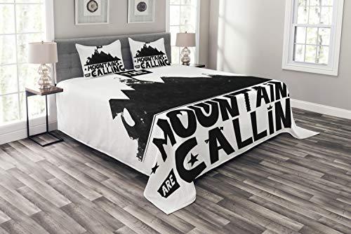 ABAKUHAUS Zitat Tagesdecke Set, Berge rufen an, Set mit Kissenbezügen Sommerdecke, für Doppelbetten 264 x 220 cm, Weiß und Schwarz
