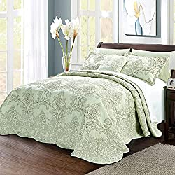 Serenta Damask 4 Piece Oversized King Bedspread Set