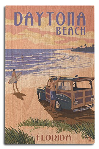 Lantern Press Daytona Beach, Florida - Woody On The Beach (10x15 Wood Wall Sign, Wall Decor Ready to Hang)