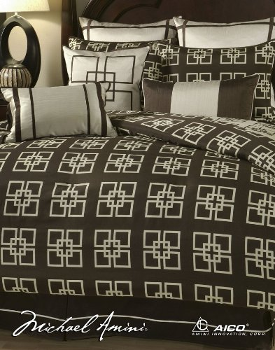 Big Sale Michael Amini Savoy 10pc King Comforter Set in Creme by AICO