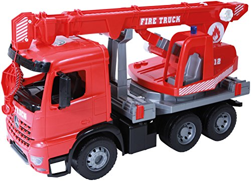 Lena 02175 Giga Trucks Feuerwehr Kranwagen Mercedes Benz Arocs, Starke Riesen Feuerwehrkran rot, mit 3 Achsen, ca. 70 cm, Kranauto mit Seilwinde bis 1,05 m, Spielfahrzeug für Kinder ab 3