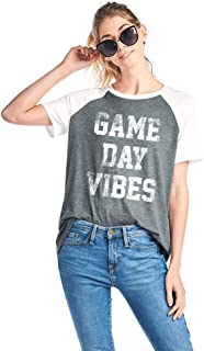 Women's Game Day Vibes Graphic Tee in Heather Gray