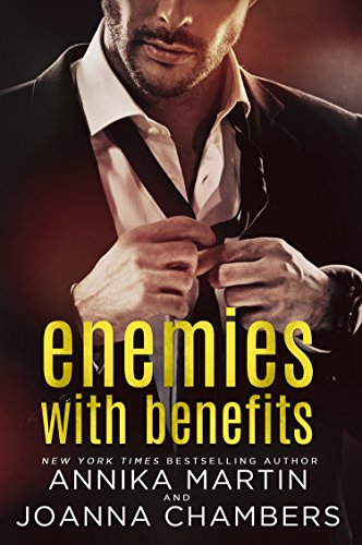Enemies With Benefits (Enemies with Benefits Series) (English Edition)