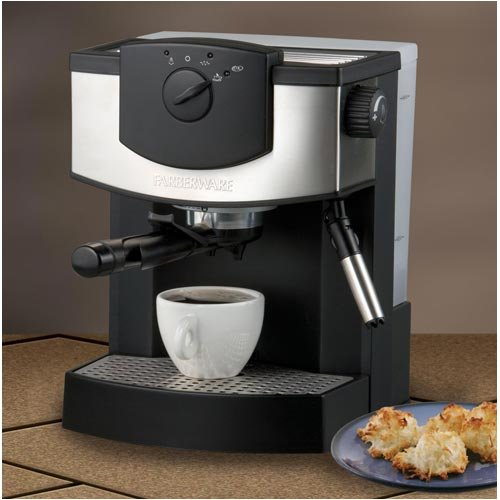 Farberware FES15B 15-Bar Pump-Driven Espresso Machine