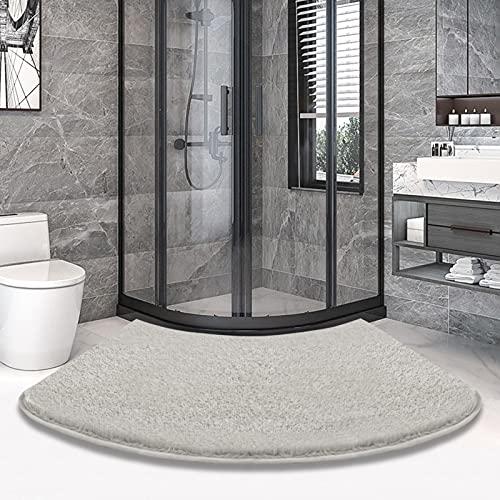 Ledph Gebogene Duschmatte, Mikrofaser Badezimmerteppich Eckdusche, Badematte für Eckdusche Waschbar, rutschfest Fächerförmig FußPolster 45x110cm, Hellgrau