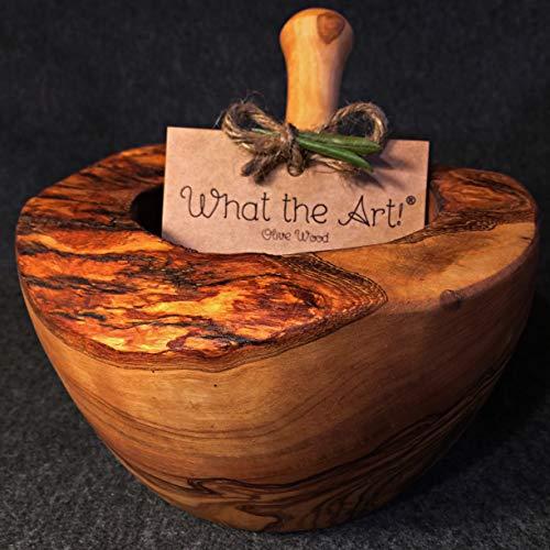 What the Art!® Olive Wood «Le Mortier» Gr. L | Olivenholz Mörser inkl. Stößel + Geschenk | ca. Ø 14 x ↑ 8-10 cm | Gewürzmörser - Kräutermörser - Küchenmörser - Stampfer - Mortar