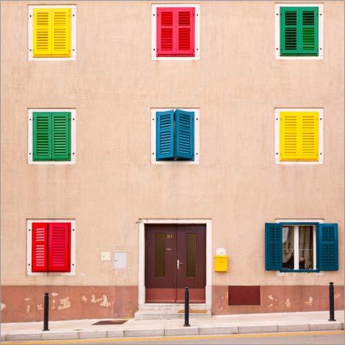 Acrylglasbild 13 x 13 cm: Gebäude mit bunten Fensterläden von Jaynes Gallery/Danita Delimont - Wandbild, Acryl Glasbild, Druck auf Acryl Glas Bild