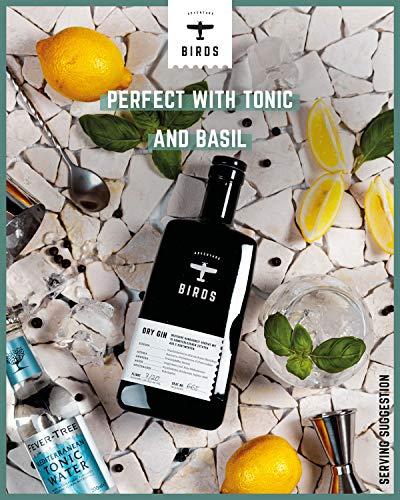 BIRDS Dry Gin - Frischer Deutscher Handmade Gin mit Basilikum, Zitrus und Ingwer - Handgefertigt mit 15 Zutaten aus 5 Kontinenten (0,5l) - 5