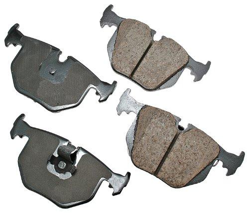 Akebono EUR683 Euro Ultra Premium Ceramic Disc Brake Pad Kit