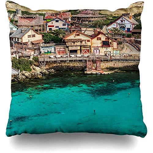 LisaArtikelen Kussenslopen, Kleurrijke Leuke Aantrekking Il Mellieha Malta Maart Kleurrijke Huizen Ankerbaai Mooie Boot Charming Premium Duurzame Kussenslopen