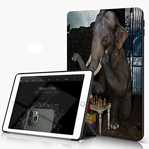 She Charm Funda para iPad 9.7 para iPad Pro 9.7 Pulgadas 2016,Animal Divertido Elefante y ratón Jugando al ajedrez,Incluye Soporte magnético y Funda para Dormir/Despertar