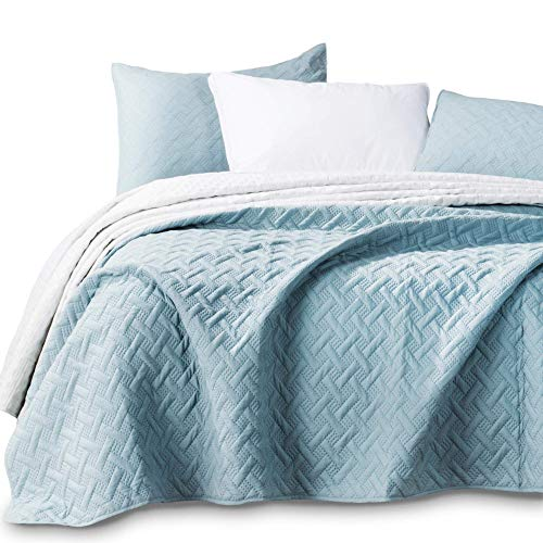 KASENTEX Quilted Coverlet 3-pc Mini Bedding Set - All Season Lightweight Ultra Soft Stone Washed Blanket - Heat-Pressed 2-Tone Reversible Color, King + 2 King Shams, Aqua Green/Fairest Jade