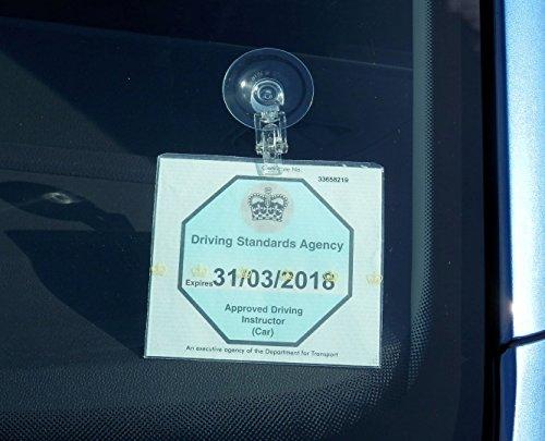 Universeller Kartenhalter-Clip mit Saugnapf, Badge-Halter, wiederverwendbar, übertragbar, keine Rückstände, ohne Klebstoff passend für NHS-Parkausweis, produziert in Deutschland
