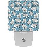Ursa - Lámpara LED de noche con diseño de oso polar menor con sensor de movimiento automático del atardecer al amanecer, apto para dormitorio, baño, escaleras, cocina, pasillo