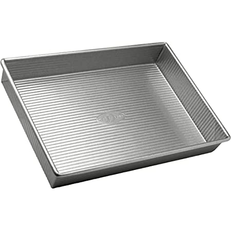 Amazon Com Usa Pan Bakeware Rectangular Cake Pan 9 X 13 Inch Nonstick Quick Release Coating Made In The Usa From Aluminized Steel Rectangular Baking Pan Kitchen Dining