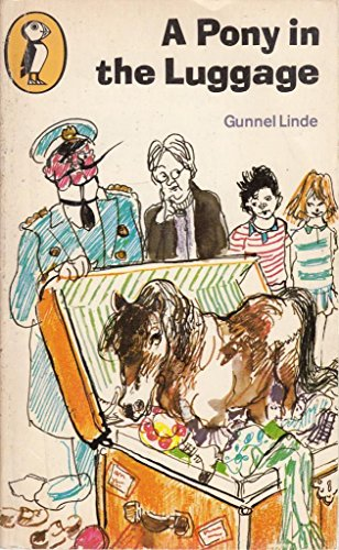 A Pony in the Luggage (Puffin Books)