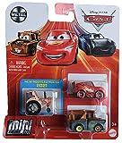 Disney Pixar Cars Mini Racers paquete de 3, Tractor, Mater y Lightning McQueen