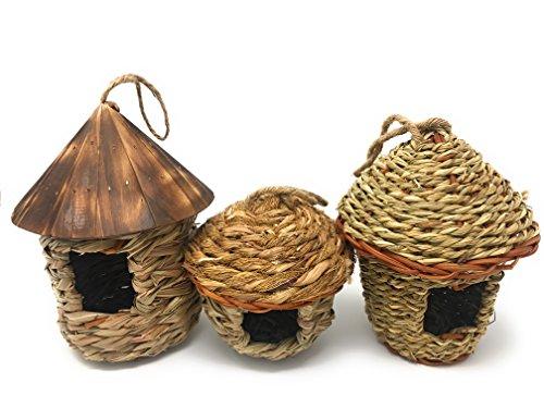 Lantern Hill Small Bird Roosting Pocket/Birdhouse Handwoven Grasses Set of Three