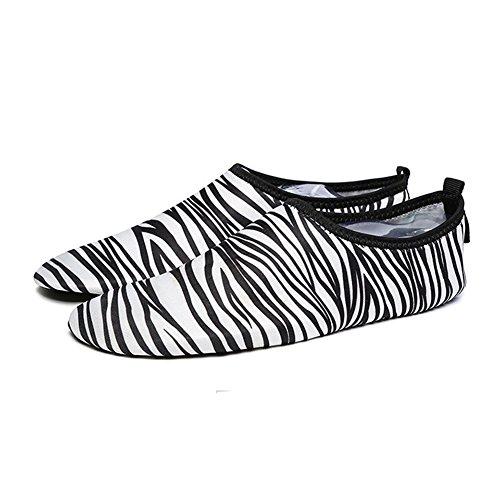 Unisex Barefoot Flexible Wasser Haut Schuhe Aqua Socken für Strand Swim Surf Yoga, schwarz/weiß