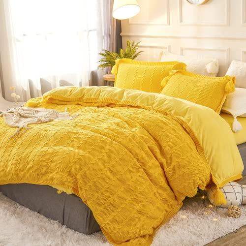 HOMEJYMADE Juego de funda de edredón de terciopelo de algodón de 4 lados, moderna y suave funda de edredón con falda de cama, 2 fundas de almohada para cama King Queen (amarillo, 150 cm Queen)