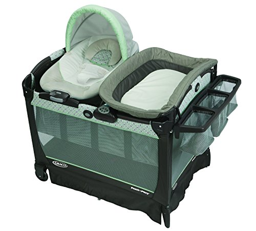 Product Image of the Graco Playard Snuggle