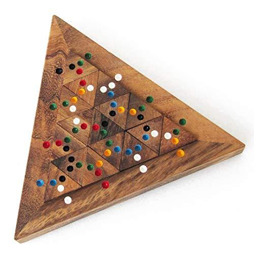 TRI MATCH jeu casse tête à partir de 10 ans difficulté 4/6. En bois massif aux normes CE marque française Le Délirant, solution fournie. Enlever puis replacer les 16 pièces en respectant les couleurs.