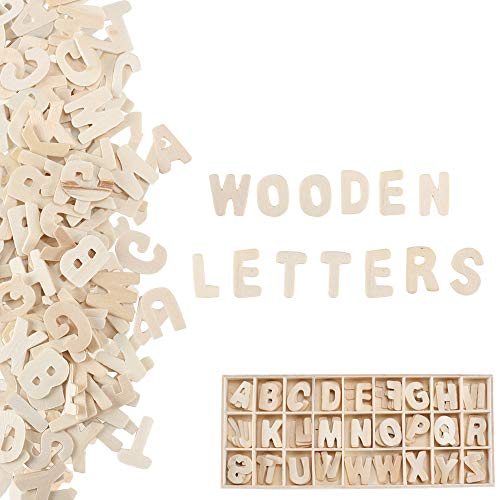 Pulluo 130 Stück Holzbuchstaben Deko Klein Buchstaben Holz Buchstabenkasten Alphabet ABC Natur Hölzerne für Lernen Deko Kinder Schule Kinderzimmer