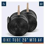 Alphatrail MTB Fahrradschlauch Rick 26 Zoll AV Autoventil I 2X Set mit Mobilitätsgarantie I Kompatible Fahrradreifen Schwalbe, Continental, Conti, Maxxis, Onza, WTB, Michelin & Kenda Fahrrad Schlauch