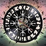 LIMN Reloj de Pared con brújula vikinga, Relojes de Pared con Registro de Vinilo Colgantes Negros Vintage, decoración artística de Pared mágica nórdica misteriosa para Sala de Estar